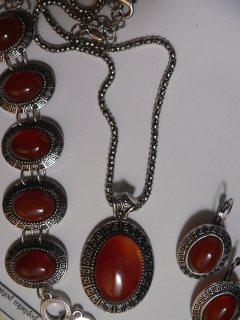 EXCLUSIVNÍ SADA (RED AGATE)......S036